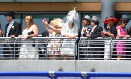 Birtles' poem opens Royal Ascot 2014
