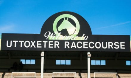 Racing at Uttoxeter – 29th November 2012