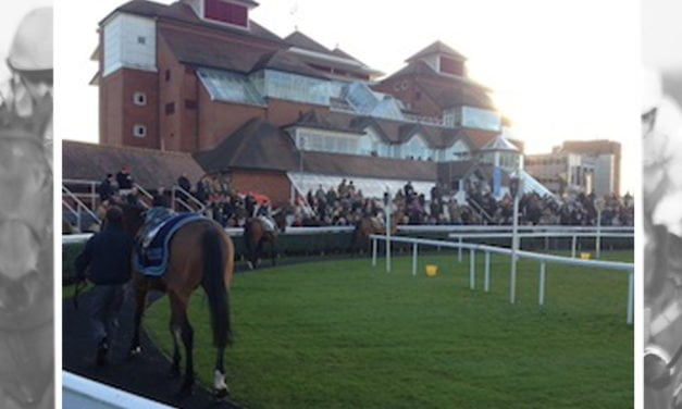 Newbury Racecourse scoops top industry accolade for customer service for second consecutive year