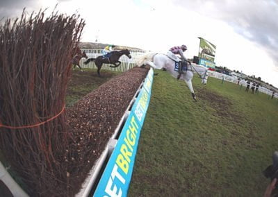 IYCotswold-Chase-Smad-Place-and-Many-Clouds-Jan2017