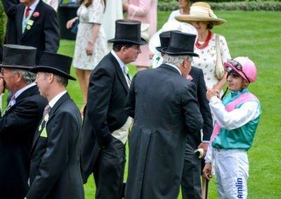 53_RG_RoyalAscot17_Sir-Michael-Stoute-Edward-Beckett-Lord-Grimthorpe-and-Andrea-Atzeni-Mirage-Dancer-in-Hampton-Court-Stakes