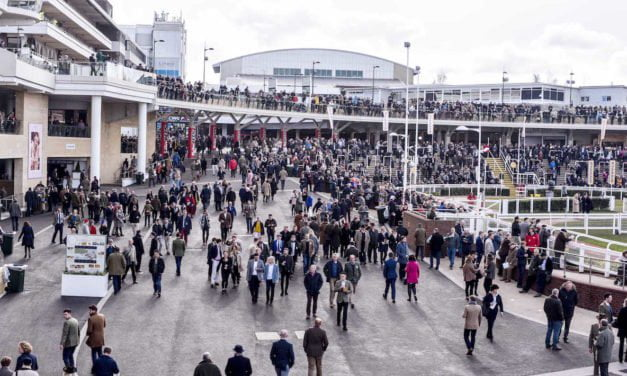 From Racecourse to casino – Why racegoers love to have a flutter at the casino