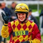 Lizzie Kelly: Record-breaking Jump Jockey Announces Her Retirement